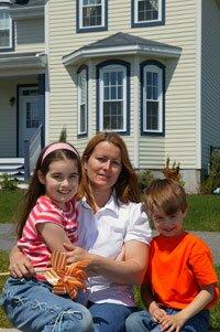 Reality - rodina pred domom